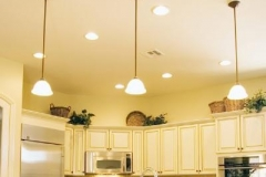 kitchen-remodel-cans-and-pendats-install